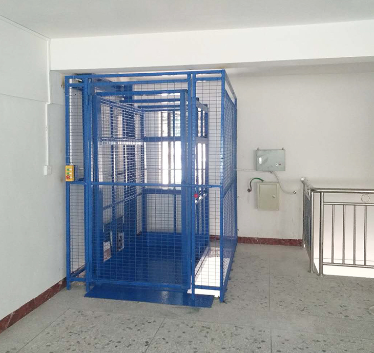 阁楼式升降机